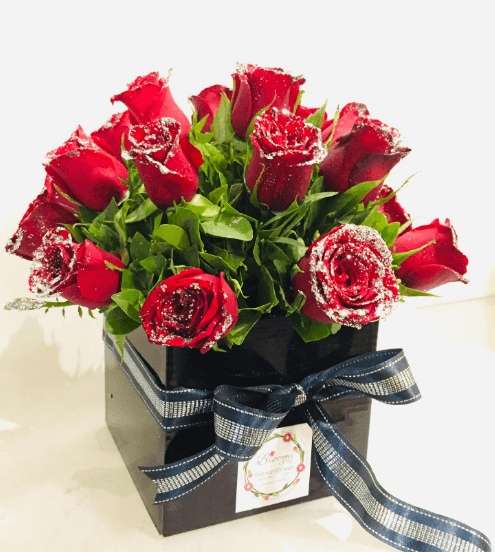 20 Red Rose Bouquet with Black Box